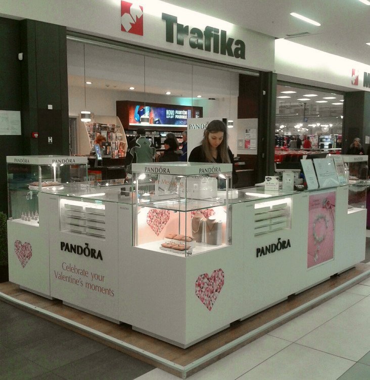 44 Pandora MERKATOR Beograd 2014